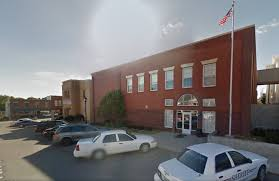 107 S 11th St, Lexington, Missouri 64067